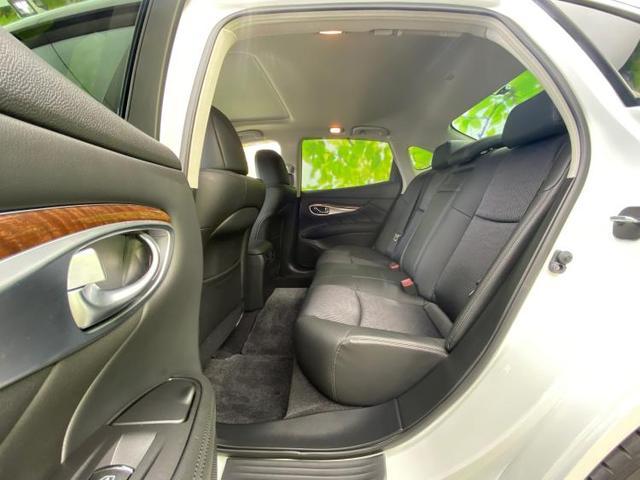 370GT FOUR 純正 8インチ HDDナビ/サンルーフ/シート ハーフレザー/パーキングアシスト バックガイド/ヘッドランプ LED/ETC/EBD付ABS/横滑り防止装置/クルーズコントロール 全周囲カメラ 4WD(7枚目)