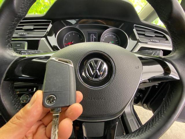 TSIコンフォートライン 純正 8インチ メモリーナビ/ヘッドランプ LED/ETC/EBD付ABS/横滑り防止装置/アイドリングストップ/TV/ルーフレール/エアバッグ 運転席/エアバッグ 助手席/エアバッグ サイド(16枚目)