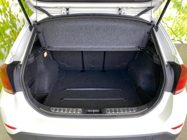 sDrive20i xライン 社外 7インチ HDDナビ/シート ハーフレザー/ヘッドランプ HID/ETC/EBD付ABS/横滑り防止装置/アイドリングストップ/TV/ルーフレール/エアバッグ 運転席/エアバッグ 助手席 記録簿(8枚目)