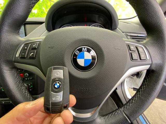 sDrive20i xライン 社外 7インチ HDDナビ/シート ハーフレザー/ヘッドランプ HID/ETC/EBD付ABS/横滑り防止装置/アイドリングストップ/TV/ルーフレール/エアバッグ 運転席/エアバッグ 助手席 記録簿(16枚目)