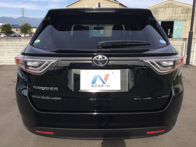 トヨタ ハリアー エレガンス 新車未登録 ムーンルーフ LEDヘッド