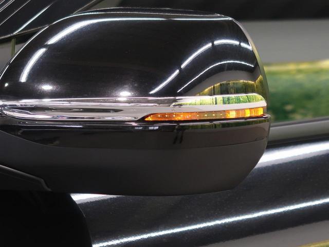 ハイブリッドZ・ホンダセンシング 禁煙車 純正7型ナビ フルセグTV バックカメラ クルーズコントロール LEDヘッドライト パドルシフト ルーフレール 黒ハーフレザーシート 純正17インチアルミ ETC スマートキー 電動格納ミラー(13枚目)