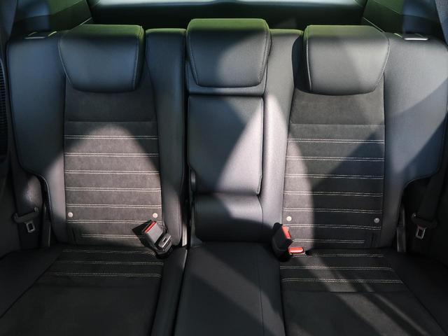 ハイブリッドRS・ホンダセンシング 禁煙車 寒冷地仕様 純正7型SDナビ フルセグ バックカメラ ETC レーンキープ シートヒーター 純正18インチアルミホイール スマートキー LEDヘッドライト&LEDフォグライト オートライト(34枚目)