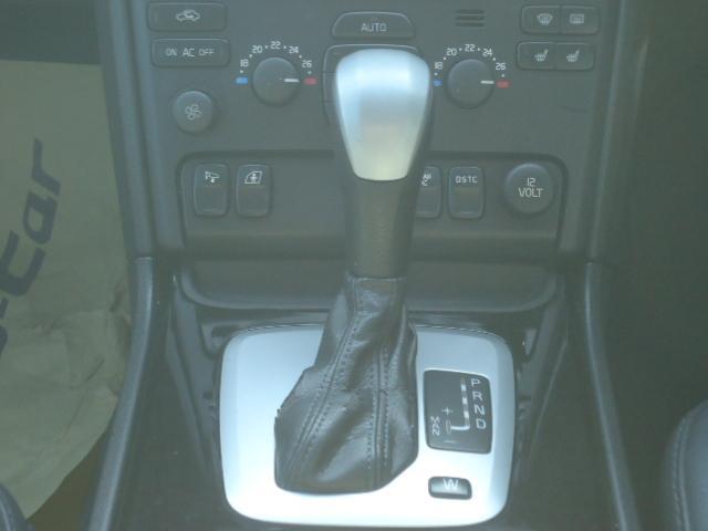 ボルボ ボルボ XC90 ベースグレード 7人 右ハンドル 4WD 5AT