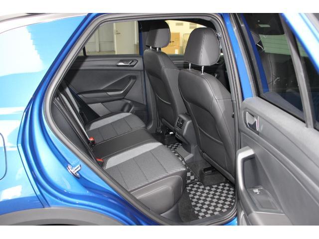 TDI Rライン 認定中古車保証一年間距離無制限 当社デモカー/ドライブレコーダー前後/純正ナビ/バックモニター/2.0ディーゼルターボエンジン/ブルートゥース接続/デジタルメーター/シティーエマージェンシーブレーキ(12枚目)
