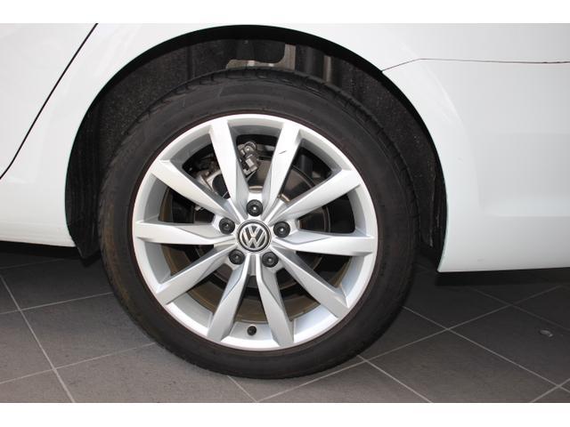 TSI コンフォートライン テックエディション 認定中古車保証一年間距離無制限 ワンオーナー/1.2リットルTSIターボエンジン/純正ナビ/バックモニター/ブルートゥース接続/ETC2.0/17インチアルミホール/アイドリングストップ(26枚目)