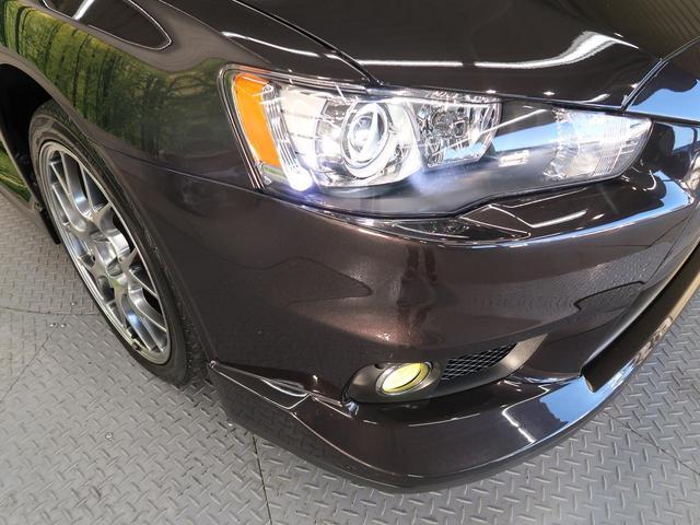 お洒落な【HIDヘッドライト&LEDフォグ】装着車!より明るく、より安全に、よりかっこよく夜道をドライブできます!