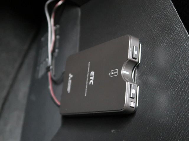 13S 純正コネクトナビ 衝突軽減システム 禁煙車 バックカメラ 横滑り防止機能 アイドリングストップ スマートキー 電動格納ミラー シートリフター ヘッドライトレベライザー(11枚目)