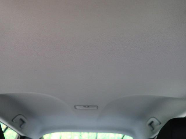 S 社外ナビ 衝突軽減装置 バックカメラ 禁煙車 オートハイビーム 車線逸脱警報 レーダークルーズコントロール オートエアコン LEDヘッドライト アイドリングストップ スマートキー(66枚目)