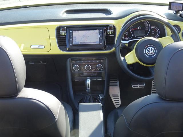 「フォルクスワーゲン」「VW ザビートルカブリオレ」「オープンカー」「埼玉県」の中古車16