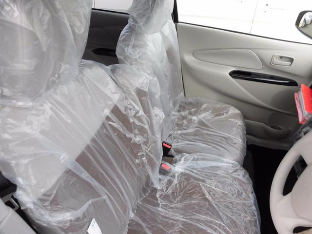 三菱 eKワゴン E 登録済み未使用車 シートヒーター
