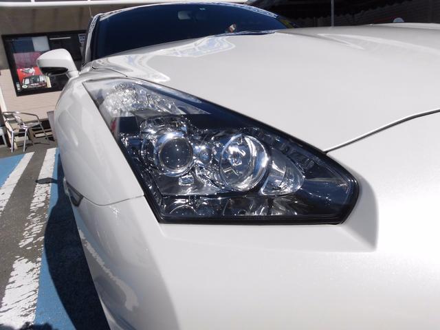 日産 GT-R プレミアムエディション 低走行車両