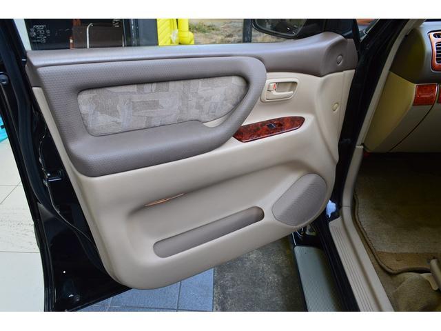 「トヨタ」「ランドクルーザー100」「SUV・クロカン」「群馬県」の中古車23