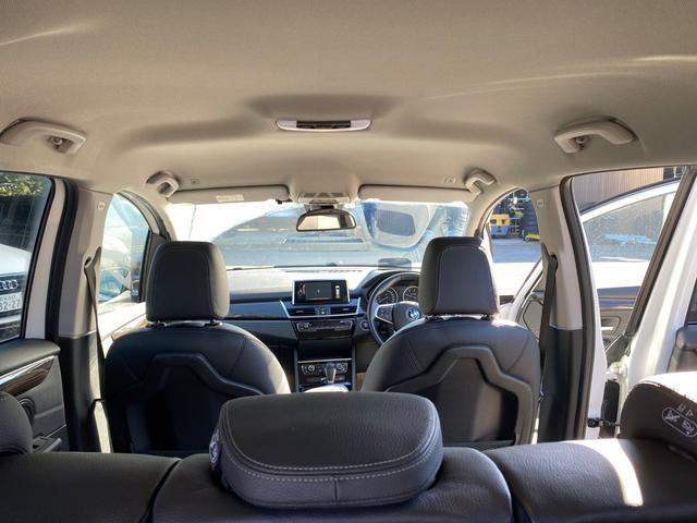 218d xDriveグランツアラー ラグジュアリー(12枚目)
