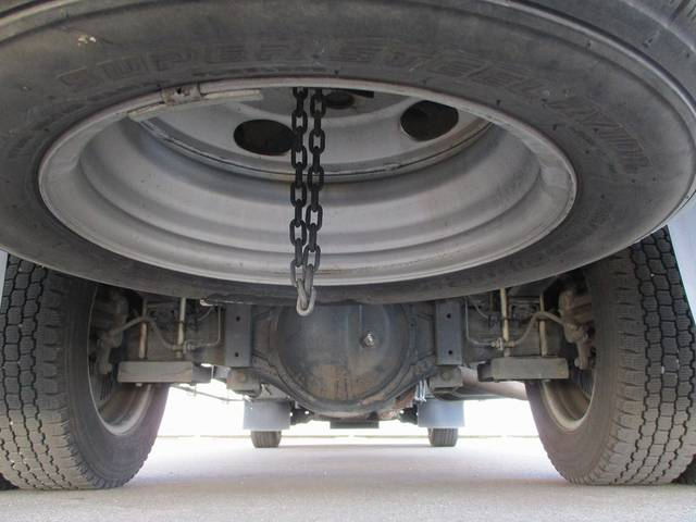 トヨタ トヨエース 2t積・パネルバン・垂直パワーゲート・ラッシングレール2段