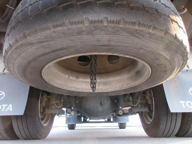 トヨタ トヨエース 3t積・アルミバン・垂直パワーゲート600kg・サイドドア