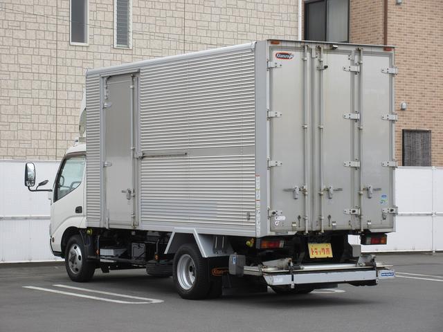 4WD・2t積・アルミバン・格納パワーゲート・サイドドア(4枚目)