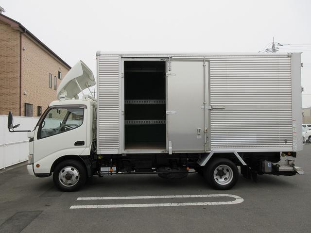 4WD・2t積・アルミバン・格納パワーゲート・サイドドア(7枚目)