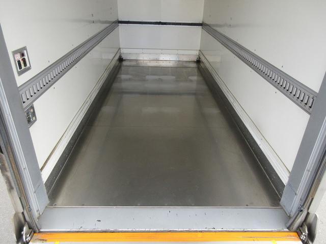 3t積・アルミバン・標準ロング・垂直パワーゲート600kg(14枚目)