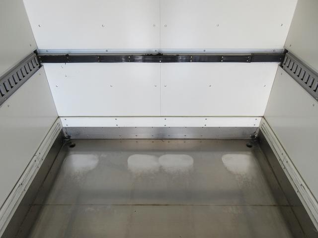 3t積・アルミバン・標準ロング・垂直パワーゲート600kg(18枚目)