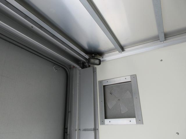 3t積・アルミバン・標準ロング・垂直パワーゲート600kg(19枚目)