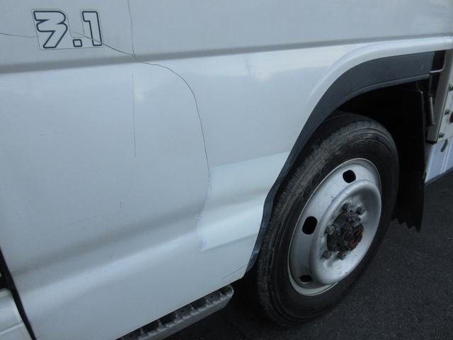 1.5t積・平ボディ・標準10尺・AT・H-L切り替え4WD 1.5t積・エルフ平ボディ・標準10尺・H-L切り替え4WD(16枚目)