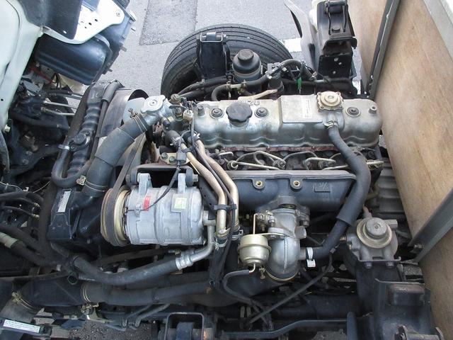1.5t積・平ボディ・標準10尺・AT・H-L切り替え4WD 1.5t積・エルフ平ボディ・標準10尺・H-L切り替え4WD(17枚目)