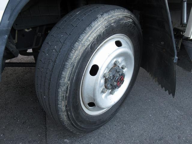 1.5t積・平ボディ・標準10尺・AT・H-L切り替え4WD 1.5t積・エルフ平ボディ・標準10尺・H-L切り替え4WD(27枚目)