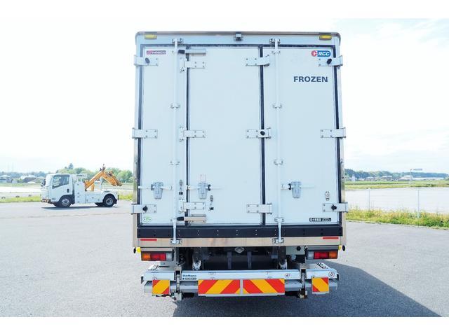 冷蔵冷凍車 低温仕様 上物冷凍機 三菱TDJS50A-L2 -30度 サイドドア 新明和製格納式パワーゲート付き ゲート内寸幅190奥行130cm 昇降能力1t ラッシング2段 積載3t バックカメラ(3枚目)
