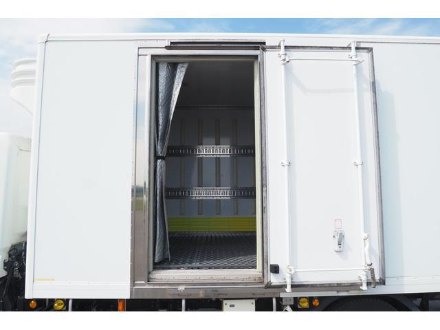 冷蔵冷凍車 低温仕様 上物冷凍機 三菱TDJS50A-L2 -30度 サイドドア 新明和製格納式パワーゲート付き ゲート内寸幅190奥行130cm 昇降能力1t ラッシング2段 積載3t バックカメラ(13枚目)