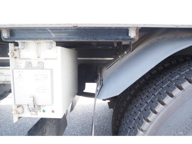 冷蔵冷凍車 低温仕様 上物冷凍機 三菱TDJS50A-L2 -30度 サイドドア 新明和製格納式パワーゲート付き ゲート内寸幅190奥行130cm 昇降能力1t ラッシング2段 積載3t バックカメラ(28枚目)