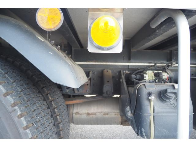 冷蔵冷凍車 低温仕様 上物冷凍機 三菱TDJS50A-L2 -30度 サイドドア 新明和製格納式パワーゲート付き ゲート内寸幅190奥行130cm 昇降能力1t ラッシング2段 積載3t バックカメラ(29枚目)