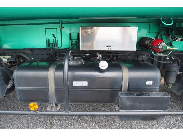 新明和製G-PX GT064 塵芥車 プレス式 パッカー車 上物モデルGT064 連続スイッチ付き 容量6.8立米 汚水タンク付 積載2850kg バックカメラ(30枚目)