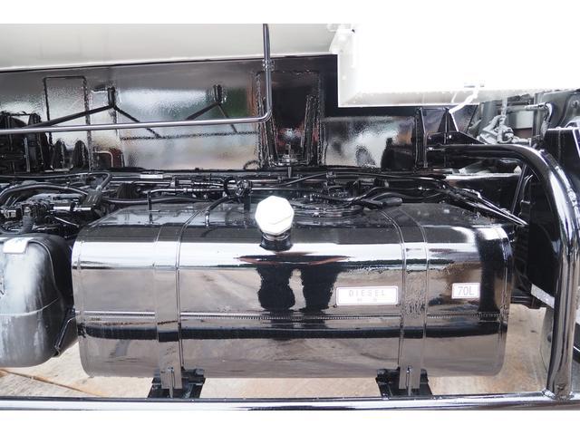 外装仕上げ済み 新明和製 パッカー車 プレス式 4.6立米 コンテナ反転装置付き 塵芥車 汚水タンク 連続スイッチ 積載1.7t 内外装クリーニング中(37枚目)