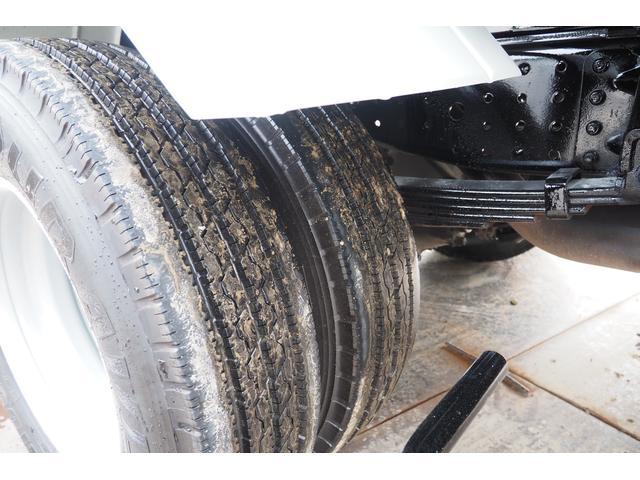 外装仕上げ済み 新明和製 パッカー車 プレス式 4.6立米 コンテナ反転装置付き 塵芥車 汚水タンク 連続スイッチ 積載1.7t 内外装クリーニング中(39枚目)