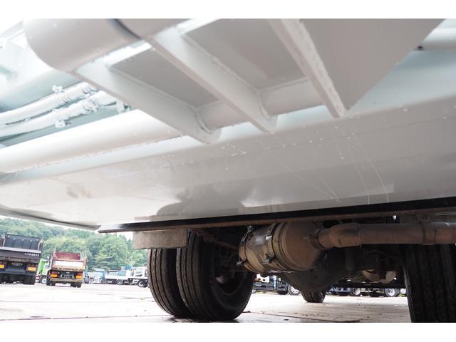 外装仕上げ済み 新明和製 パッカー車 プレス式 4.6立米 コンテナ反転装置付き 塵芥車 汚水タンク 連続スイッチ 積載1.7t 内外装クリーニング中(42枚目)