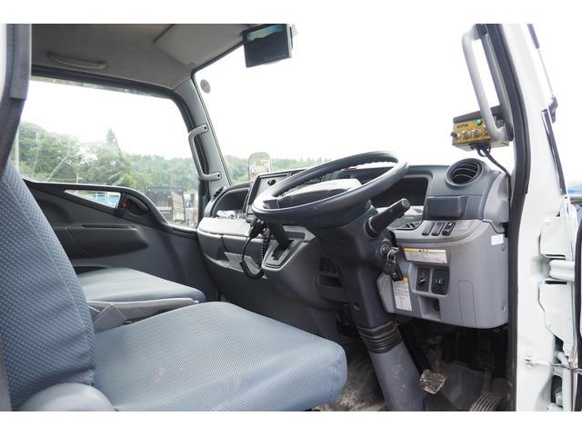 外装仕上げ済み 新明和製 パッカー車 プレス式 4.6立米 コンテナ反転装置付き 塵芥車 汚水タンク 連続スイッチ 積載1.7t 内外装クリーニング中(60枚目)