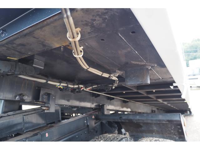 4段 クレーン付 セーフティーローダー ラジコン付 スライドタダノSS28 タダノZE294HR 差し違いアウトリガー 2.93t吊り 荷台内寸508幅206cm 150馬力 積載量 3050kg(22枚目)