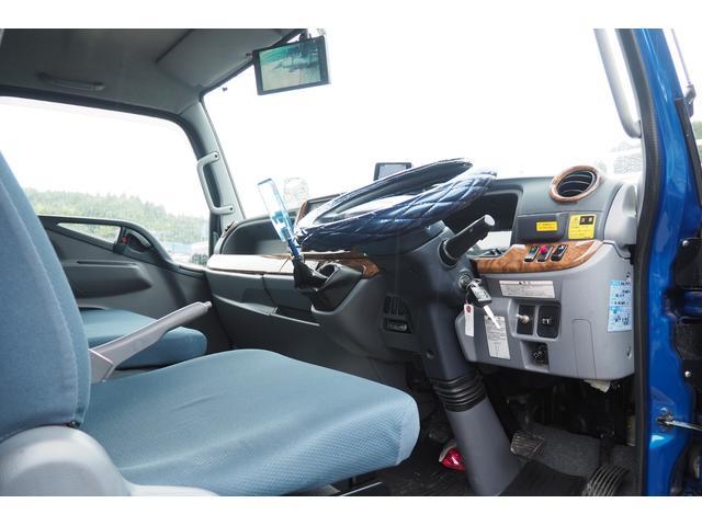 極東開発製 フラトップ フルフラット セーフティーローダー あおりレスタイプ スライド ウインチ ラジコン付き 荷台内寸570幅207cm 積載3.6t 内フック付き バックカメラ ETC ナビ付(71枚目)