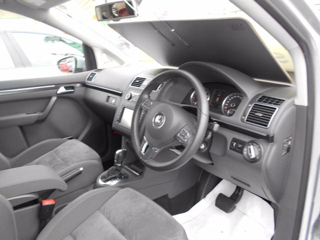 フォルクスワーゲン VW ゴルフトゥーラン TSI ハイライン ナビ 純正アルミ バックモニター