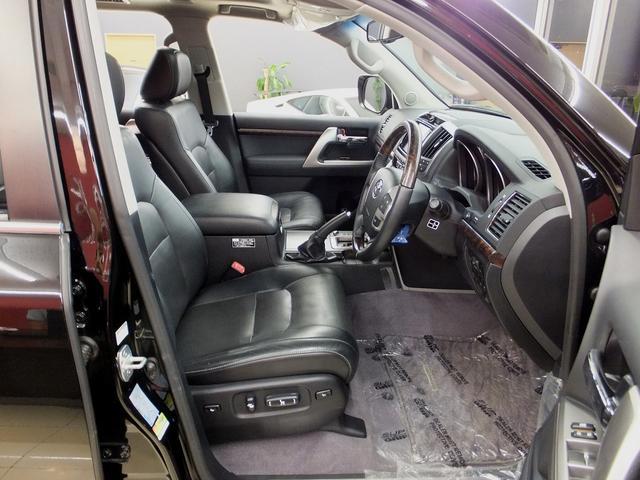 トヨタ ランドクルーザー ZX WALDコンプリ-トメーカーOPナビ後席エンタ26AW