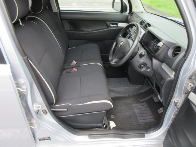 カスタム X キセノンライト CDオーディオ ABS AW キーフリーシステム パワステ 記録簿 エアコン エアバック ベンチS 1オーナー車 WエアB(9枚目)