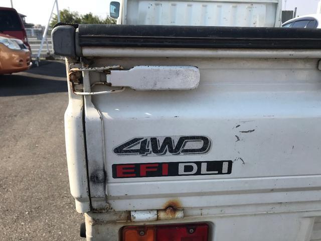 ダイハツ ハイゼットトラック 5MT 4WD エアコン パワステ 荷台マット ラジオ