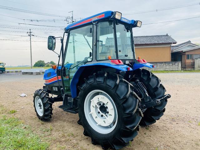 イセキ 常用トラクター エアコンキャビン付 ハイスピード 55馬力 稼働620アワー(9枚目)