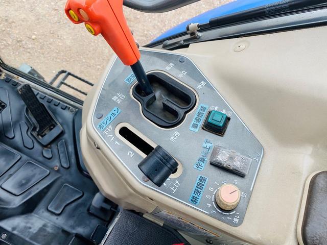 イセキ 常用トラクター エアコンキャビン付 ハイスピード 55馬力 稼働620アワー(16枚目)