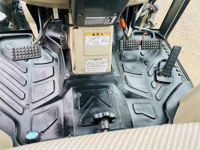 イセキ 常用トラクター エアコンキャビン付 ハイスピード 55馬力 稼働620アワー(17枚目)