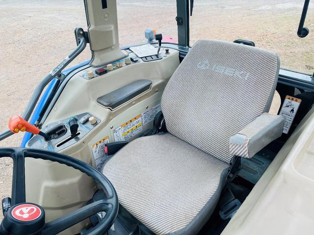 イセキ 常用トラクター エアコンキャビン付 ハイスピード 55馬力 稼働620アワー(18枚目)