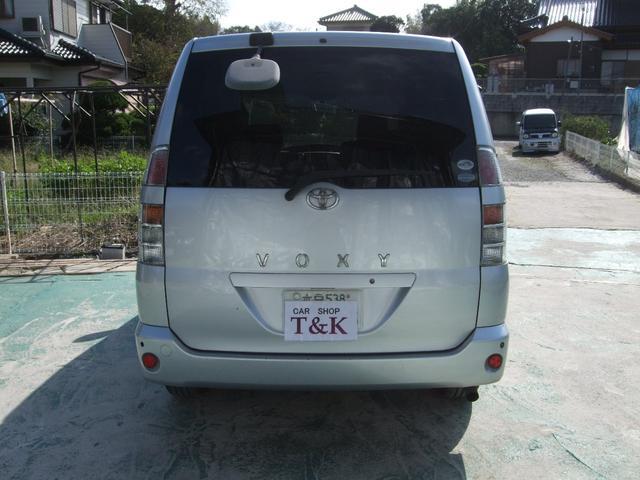 トヨタ ヴォクシー X タイミングチェーン ナビ 純正アルミ キーレス