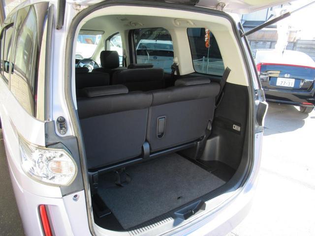 後列シートを格納しなくても荷物を載せるスペースは確保されています◇