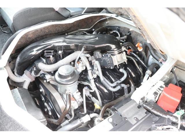 トヨタ ハイエースバン リンエイ製ファシールバカンチェス・リッツ 8ナンバー FF